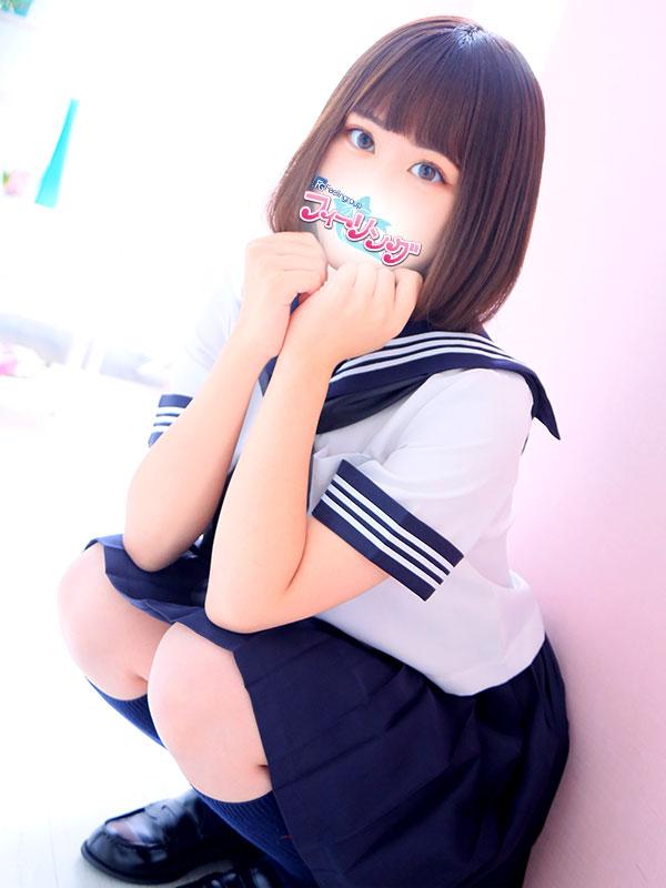 めい(22)
